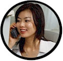 Flate rate long distance calling plans.  Unlimited long distance calling in the US.  asian_woman_talking_on_cell_phone_2.jpg (15371 bytes)